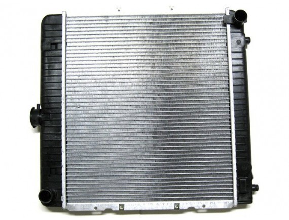 Mercedes 123 2,0 2,2 2,3 2,4 2,8 3,0 Hladilnik / motor