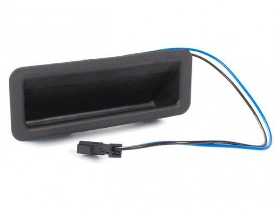 BMW 1 E82 06-13 Gumb za odklepanje prtljažnika